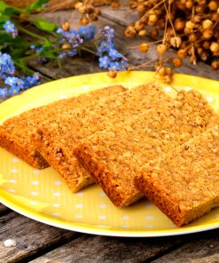 Golden Vanilla Gluten-free luxury healthy linseed flapjacks