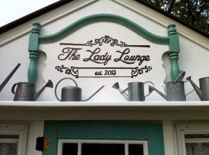 Ann's Lady Lounge