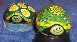Becky Capps's adorable painted rocks