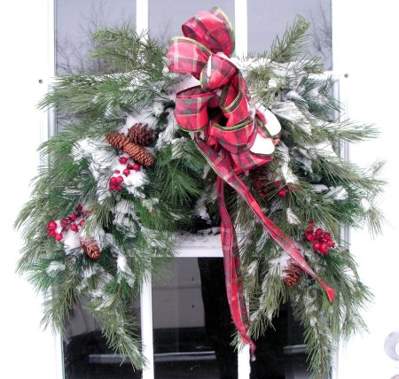 Becky Norris's 'white Christmas' wreath
