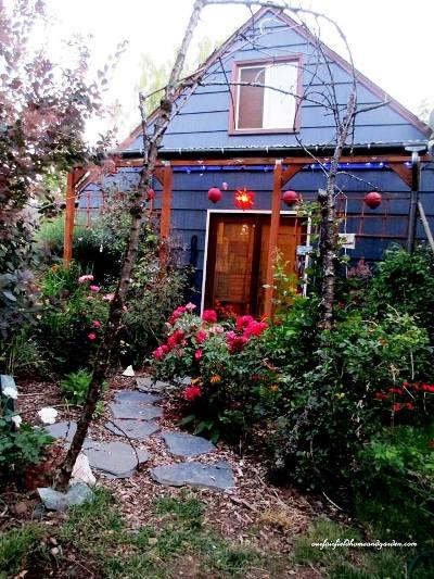 Planning A Dreamy Garden Cottage Flea Market Gardening