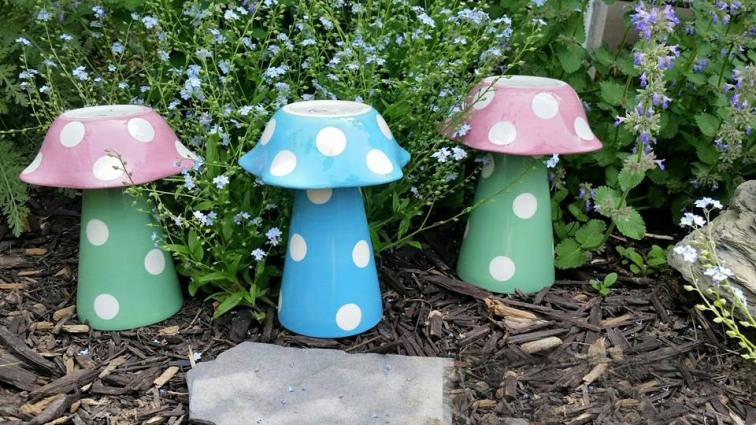 Linda Gladman Made Her Cute Mushrooms From Decorative Dessert Bowls Here In  The Garden