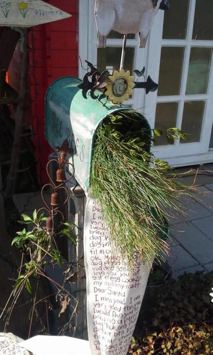 A mailbox outside Billie Hayman‎'s shed