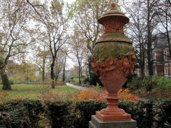 Monica Clauberg found a patina-finished urn in a garden in Berlin
