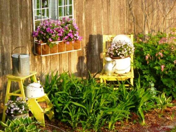 Rhonda Duchesneau's yellow and lavender