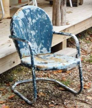Jeanie Collins want to refurbish her Grandma's old green chair
