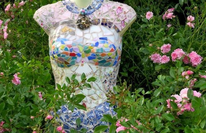 Teri's exquisite mannequin detail