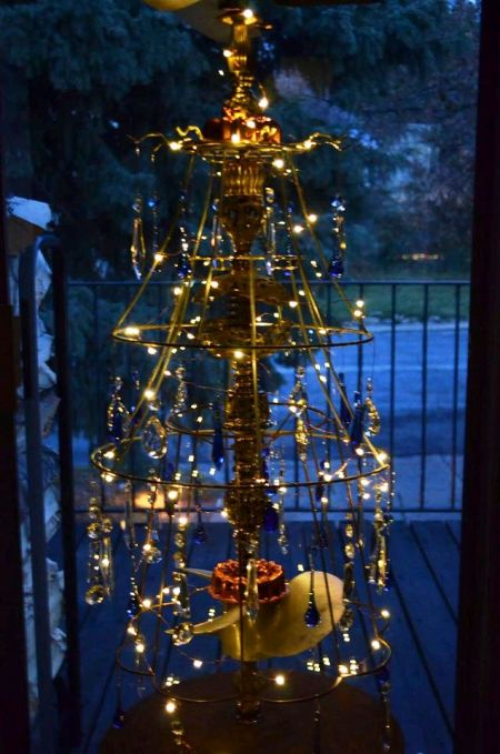 maries-tree-a-steampunk-masterpiece-109