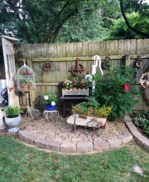 Brenda Townzen I love my back yard and I love to share my Junk and flowers