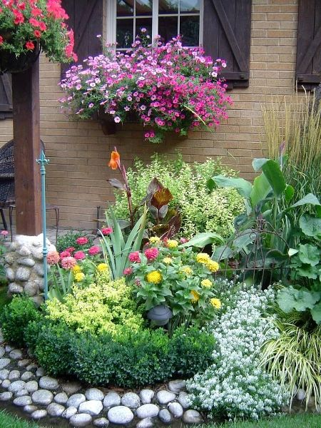 how to make a circle flower bed