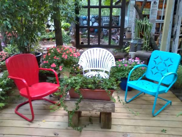 Rodney & Douglas Adkinson Wells - Fun Retro Lawn Chairs In The Garden Flea Market Gardening