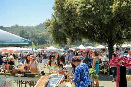 People rummaging at the Rose Bowl Flea Market