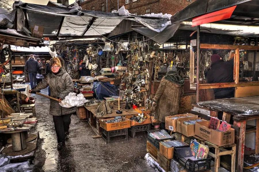 Latgale Tirgus Flea Market © Sergejs Babikovs