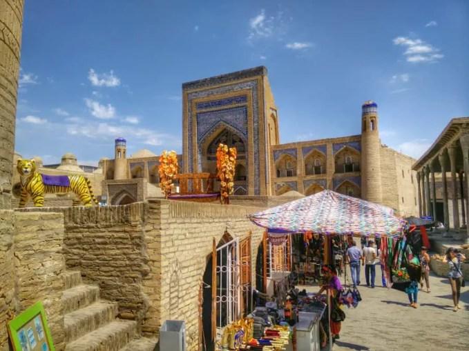 Uzbekistan markets 001