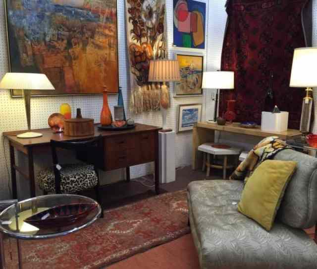 Edgewater Antique Mall Has Been Showcasing The Very Best Furniture And Decorative Arts In The Chicago Area For Just Under  Years