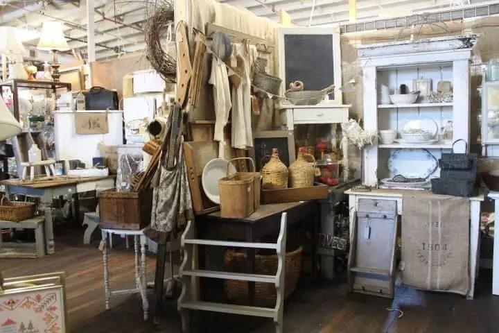 Waterford Antique Market - Flea Markets in Ontario