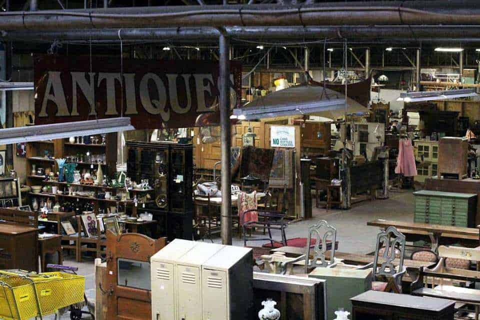 Flea Markets North Carolina Antique Tobacco Barn picture by Antique Tobacco Barn via facebook