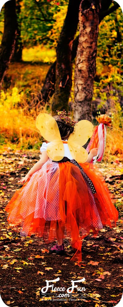 This fall fairy costume looks so easy to make, and I love all her pictures of her girls in the fall foliage!