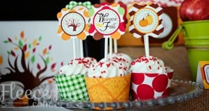 Free fall cupcake wrapper and topper download