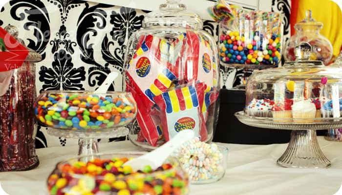 rairainbow party table