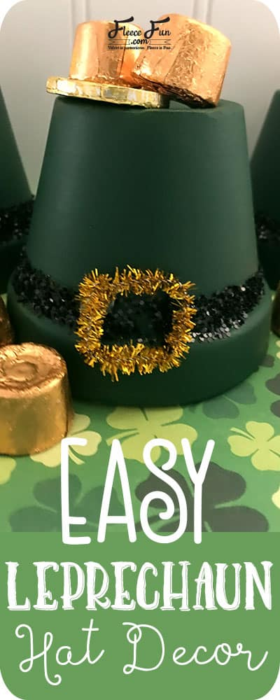 I love this easy St. Patrick's day craft. This Leprechaun hat decor is fun to make with kids. Great class project DIY idea.