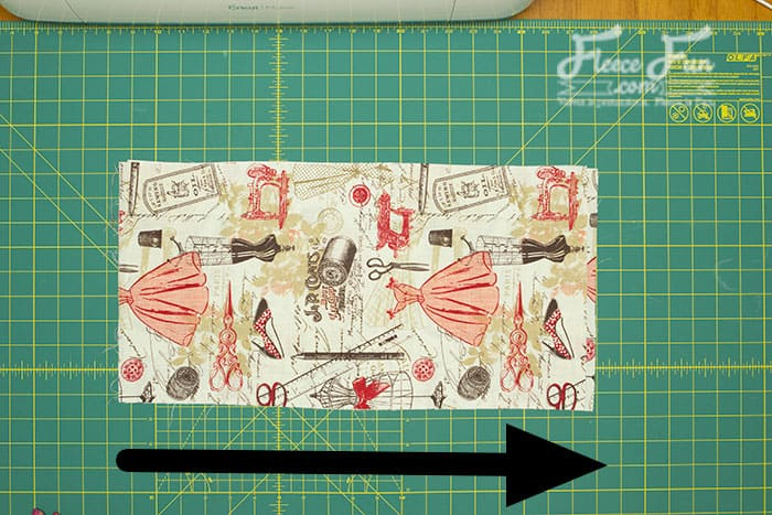 I love this handy tips guide for the Cricut Maker Dust Cover! So many handy tips and tricks for this sewing project. Love this Cricut Maker Cover
