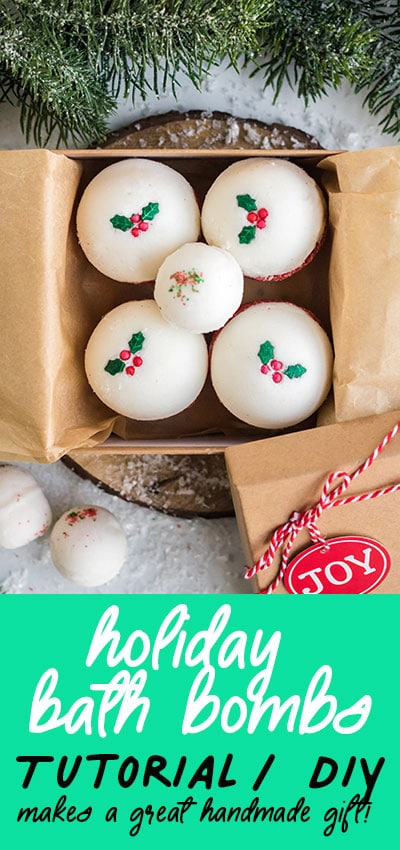 I love this easy to follow tutorial on how to make holiday bath bombs from home! Great holiday gift DIY idea. I love how there's a bath bomb recipes and lots of tutorial pictures! #holidaybathbombs #bathbombsdiy #bathbombsdiyrecipe #bathbombsrecipe #holidaybathbombsdiy #holidaybathbombschristmas #handmadegiftidea #homemadegiftidea