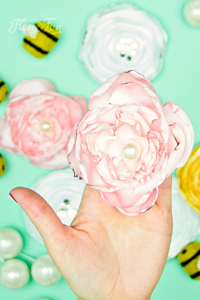 You can make these easy DIY Fabric Flowers, Free template and video tutorial makes it fun and simple. Step by step instructions.