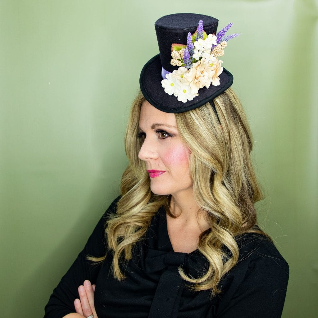Learn how to make a mini top hat with this free pattern and tutorial. I love that there is a sew and no sew option. The free template makes this costume idea easy to make at home.