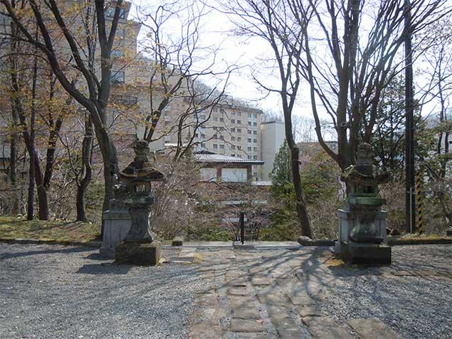 yuzawa-jinjya3
