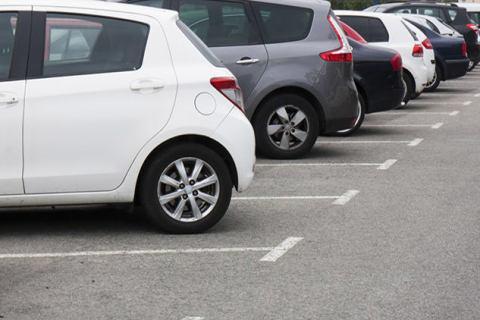 Parcheggio: nuova tecnologia in grado di individuare i posti-auto liberi