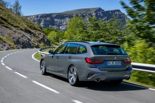 Nuova BMW serie 3 Touring 2019, innovativa nei dettagli