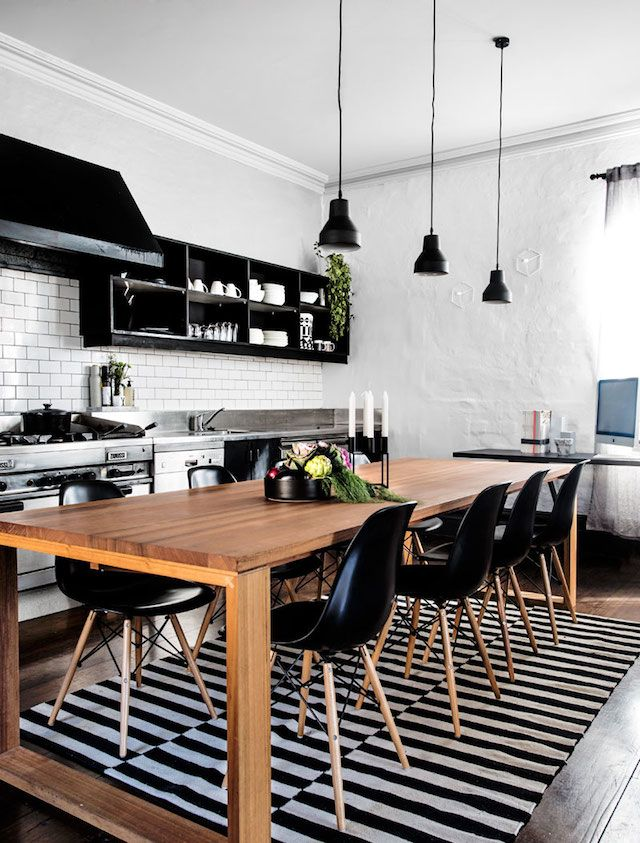 ambiances in black and wood trendy
