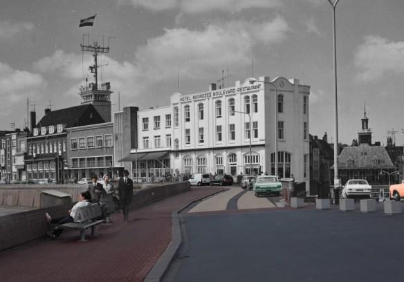 Een zondagse wandeling over de boulevard 1965 / 2014