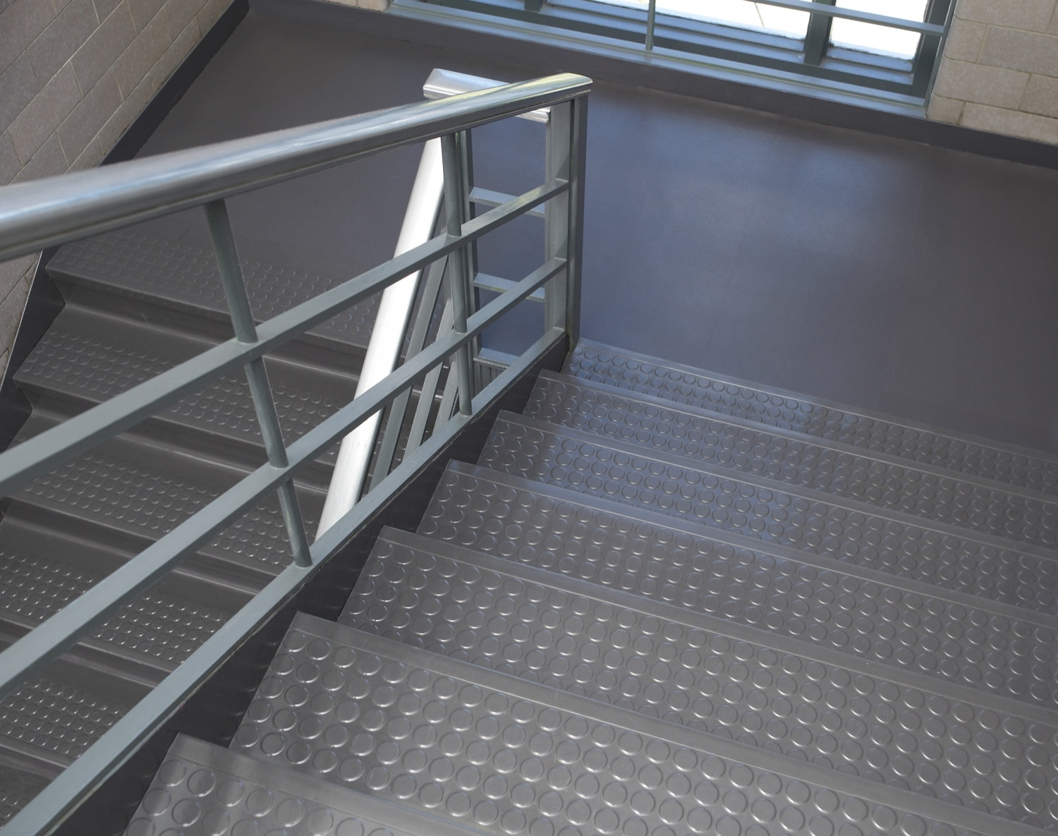 Flexco Rubber Flooring Vinyl Flooring » Rubber Stair Treads Samples | Outdoor Rubber Stair Treads | Outside | Metal Tray | Rectangular Cord Treads | Clear Rubber | Heavy Duty