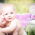 3 Façons d'économiser de l'argent sur les vêtements pour bébés