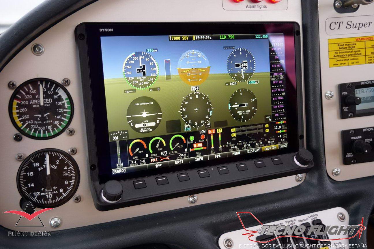 Flight Design CTSL con pantalla Dynon HDX