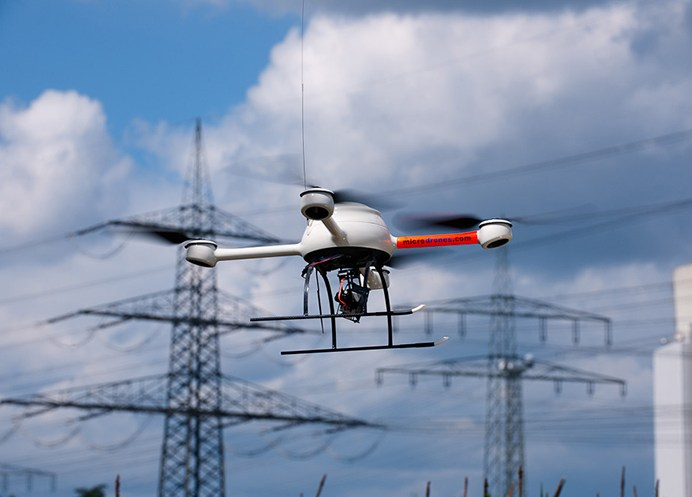 Microdrone md4-200 Powerline inspection.