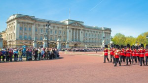 Cheap Flights From Dublin To London September 2018 As Low As At € 15 - buckingham palace