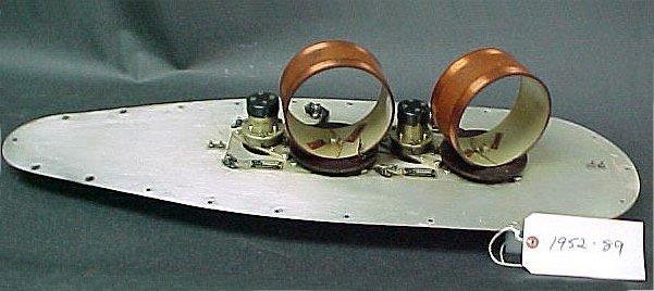 Radiobalises : Antenne loop ADF : Automatic Direction Finder