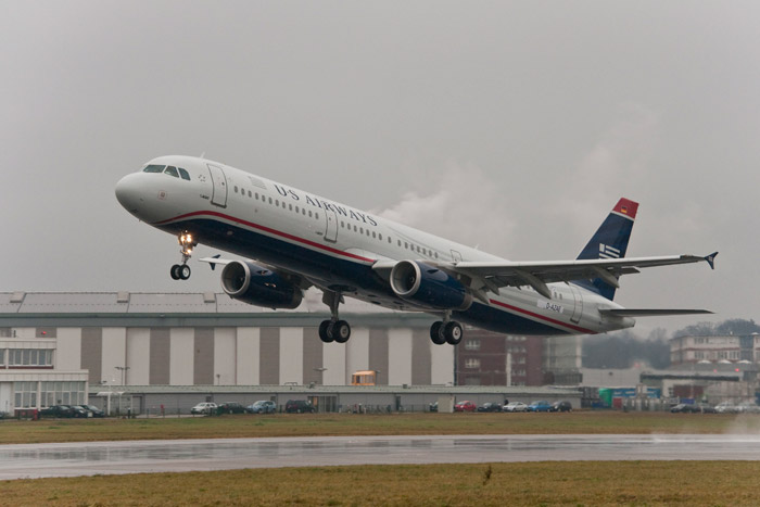 7000th Airbus Aircraft - US Airways Airbus A321 Take Off