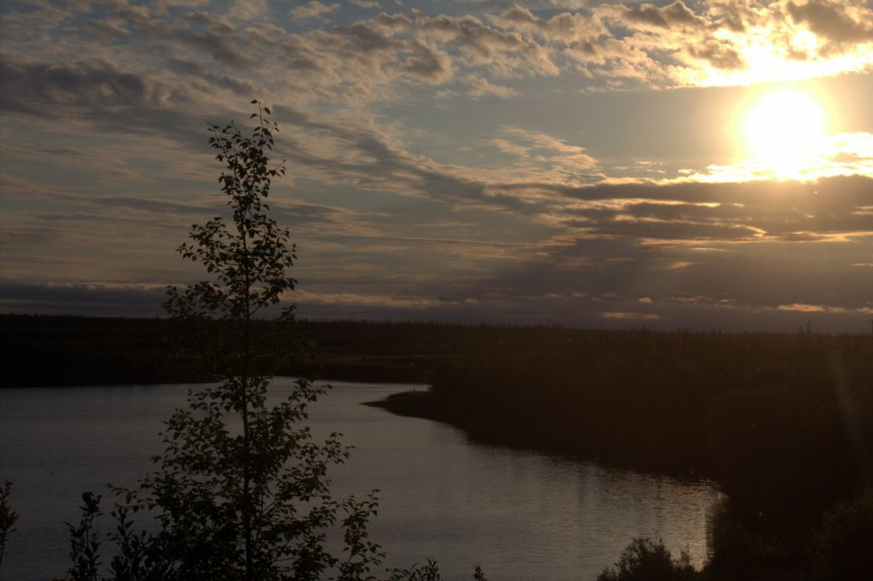 Midnight sun in Inuvik