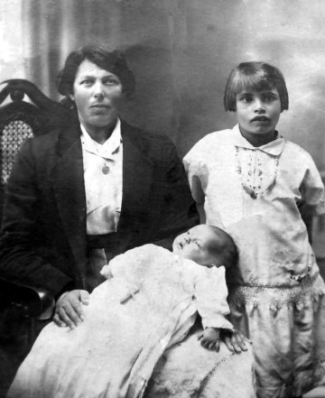 Susan with two children from her second marriage
