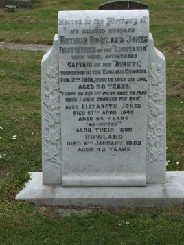The grave of Arthur Rowland Jones in Prestatyn Churchyard