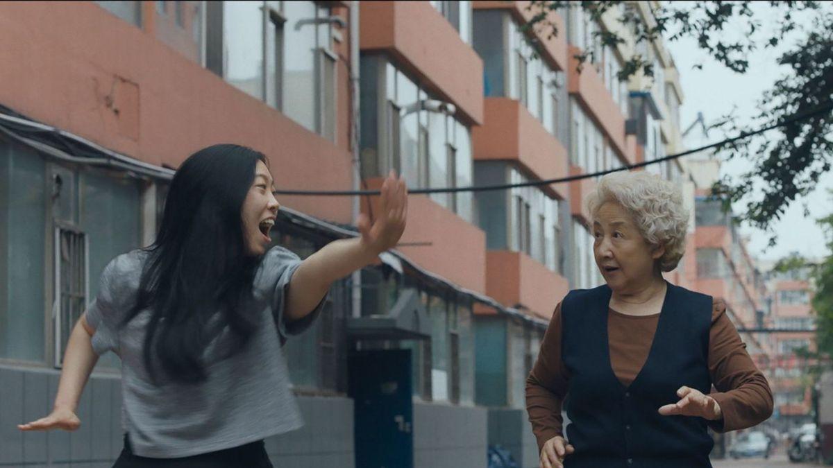 Awkwafina and Zhao Shu-zhen in Lulu Wang's The Farewell