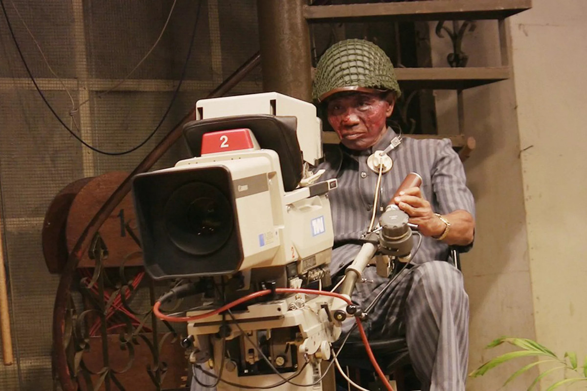 Anwar Congo behind the camera in The Act of Killing