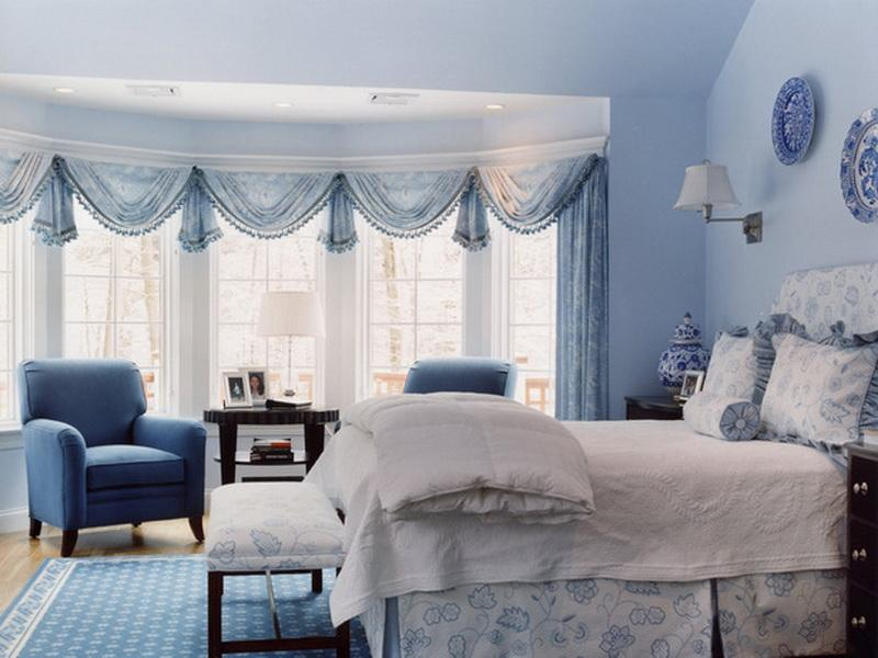 Design and decoration ideas for a master bedroom in white and blue ...