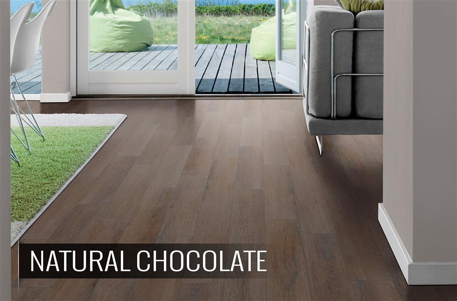 Rubber flooring that looks like wood after using denatured for Cork flooring wood grain look