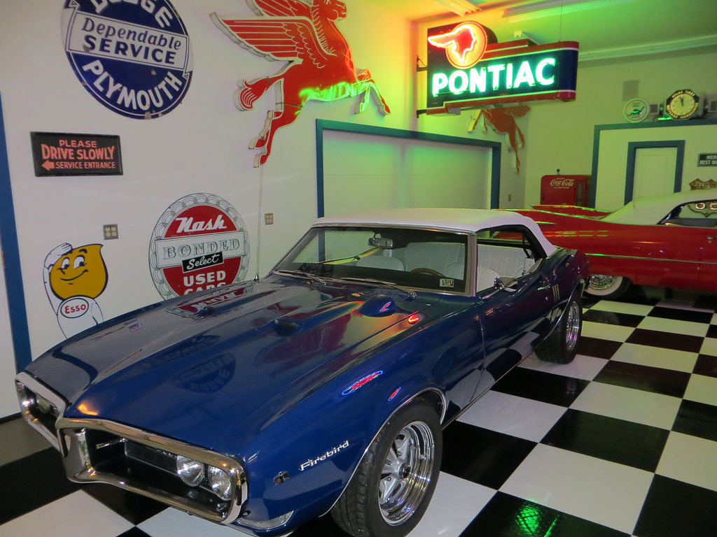How to Design Your Dream Garage: Colors, Paint & More ... on Garage Decoration  id=93987