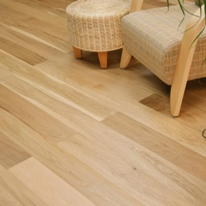 Twelve Oaks Venetian Flair White Oak Craftsman @ Floors Direct North